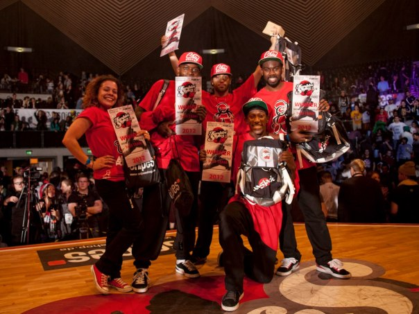 Funkin Stylez Finals winner Prototype: Roxy, Supermalcom, Brooke, Kashmir and Marvel (photo by jun kim)